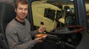 AutoBar lämmittää eväät kätevästi ajoneuvossa