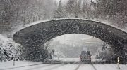 Luvassa lunta ja yöpakkasia – On tullut aika vaihtaa talvirenkaat!